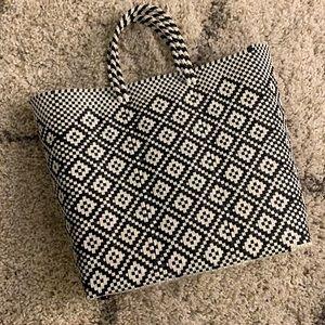TRUSS Tote Bag ⚫️⚪️